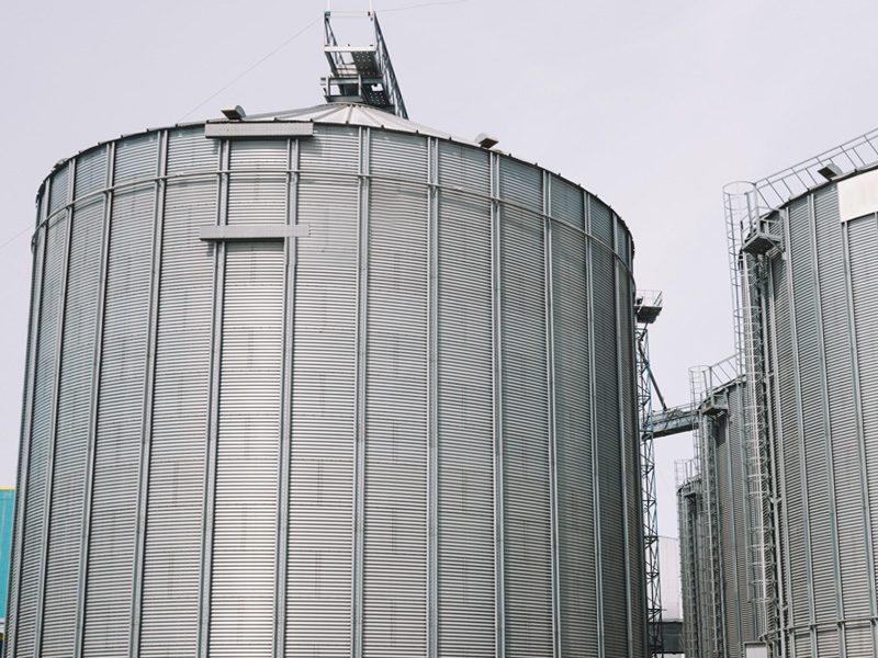 Хранение зерна и системы силосов